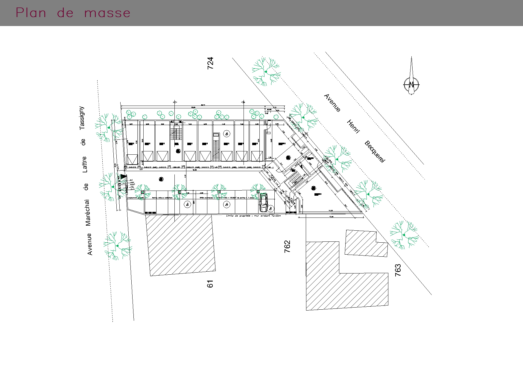Commerces et appartements : plan de masse du bâtiment